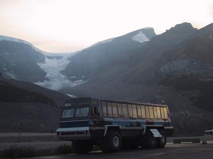 Un snowcoatch qui permet de rouler sur les glaciers